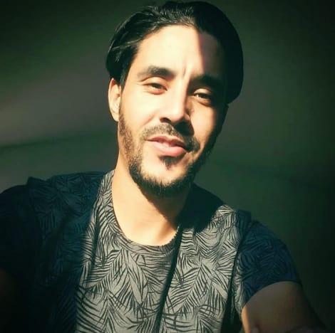 Mohamed Jbali, Texas Selfie