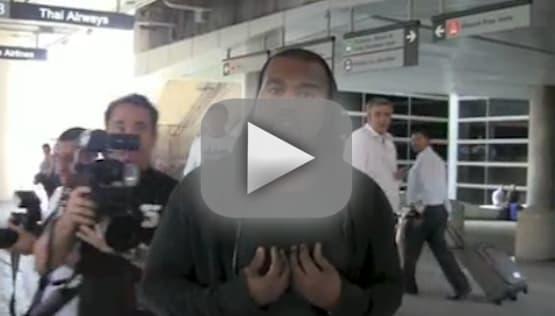 Kanye West Attacks Photographer