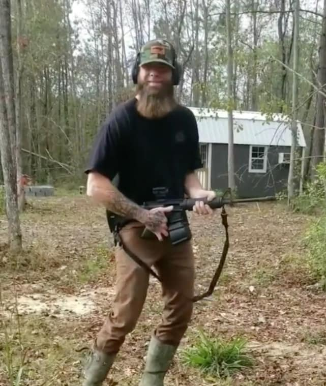 David eason shoots stuff