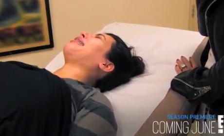 Keeping Up With the Kardashians Sneak Peek - Kim Kries