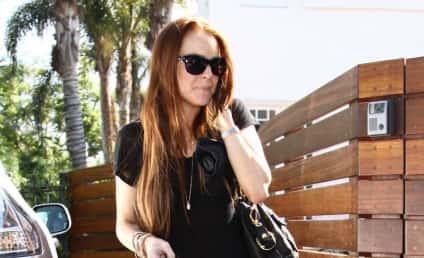 Lindsay Lohan Accused of Yoinking Spray Tan Formula