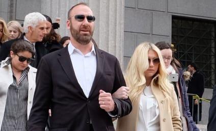 Kesha Sobs After Devastating Court Ruling, Stars Tweet Support