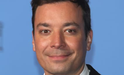 """Jimmy Fallon: """"Very Drunk"""" at NYC Bar, Witnesses Say"""
