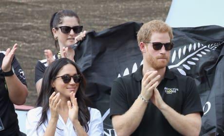 Harry and Meghan Applaud