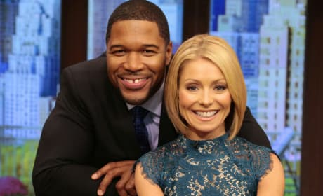 Michael Strahan and Kelly Ripa Photo