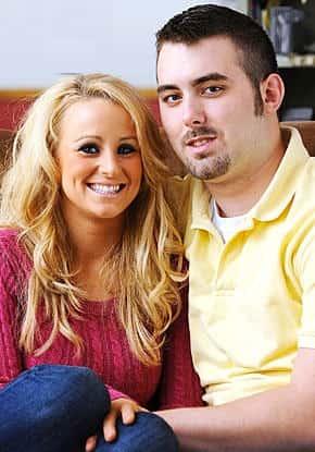 2009: Leah Begins Dating Corey Simms