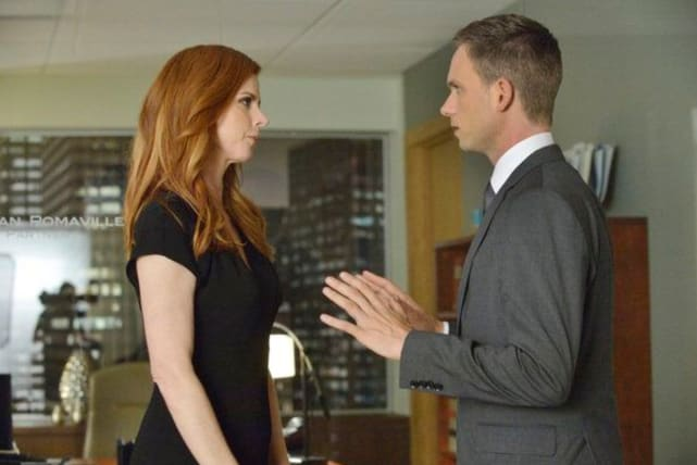 Donna and mike on suits