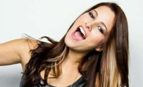 Cassadee Pope Photo