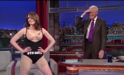 Tina Fey Strips Off #LastDressEver on The Late Show with David Letterman