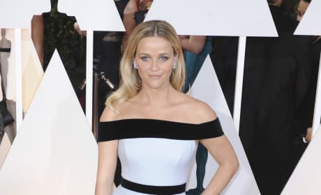Reese Witherspoon at the 2015 Oscars