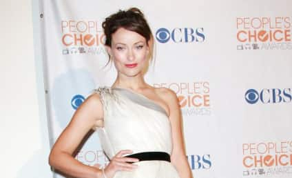People's Choice Awards Fashion Face-Off: Olivia Wilde vs. Jessica Alba
