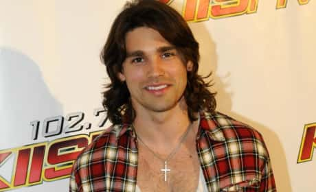 Justin Gaston or Michael Phelps: Who Would You Rather?
