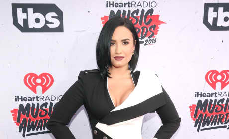 Demi Lovato: 2016 iHeartRadio Music Awards