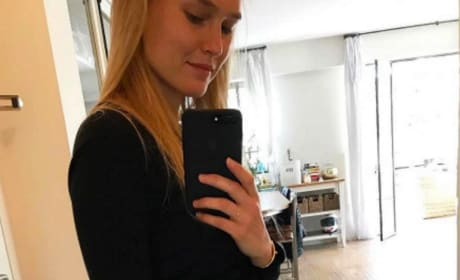 Bar Refaeli Pregnancy Announcement