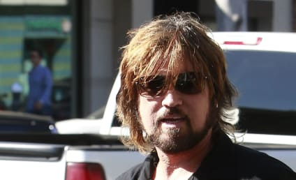"""Billy Ray Cyrus Describes Daughter as """"Happiest She's Ever Been"""""""