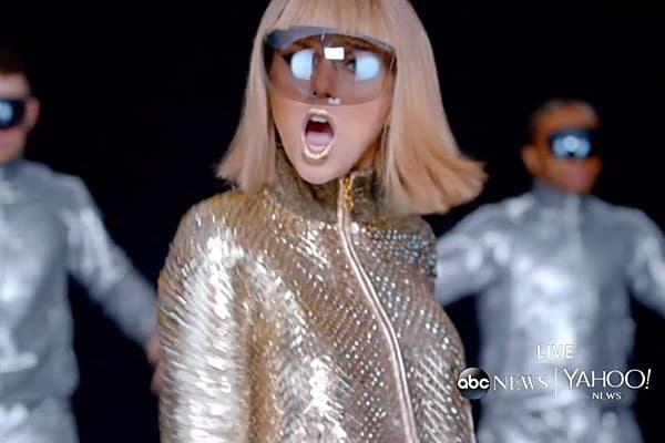 Taylor Swift as Lady Gaga?