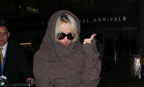 Pamela Anderson Lands at LAX