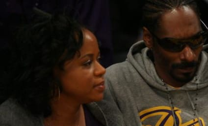 Celebrities Flock to Christmas Lakers Game