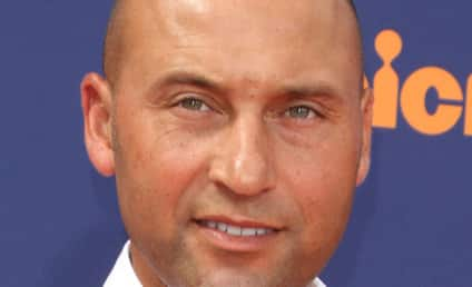 Derek Jeter and Hannah Davis: Engaged?!