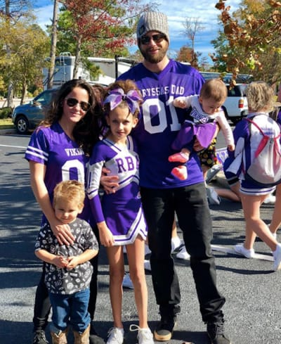 Jenelle Evans with Family at Cheerleading Competition