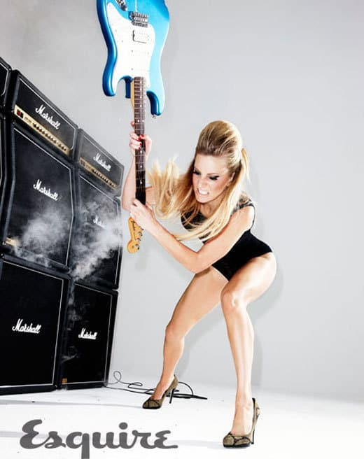 Heather Morris Rocks Out