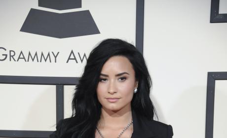 Demi Lovato at 2016 Grammys