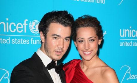 Danielle Deleasa and Kevin Jonas Pic