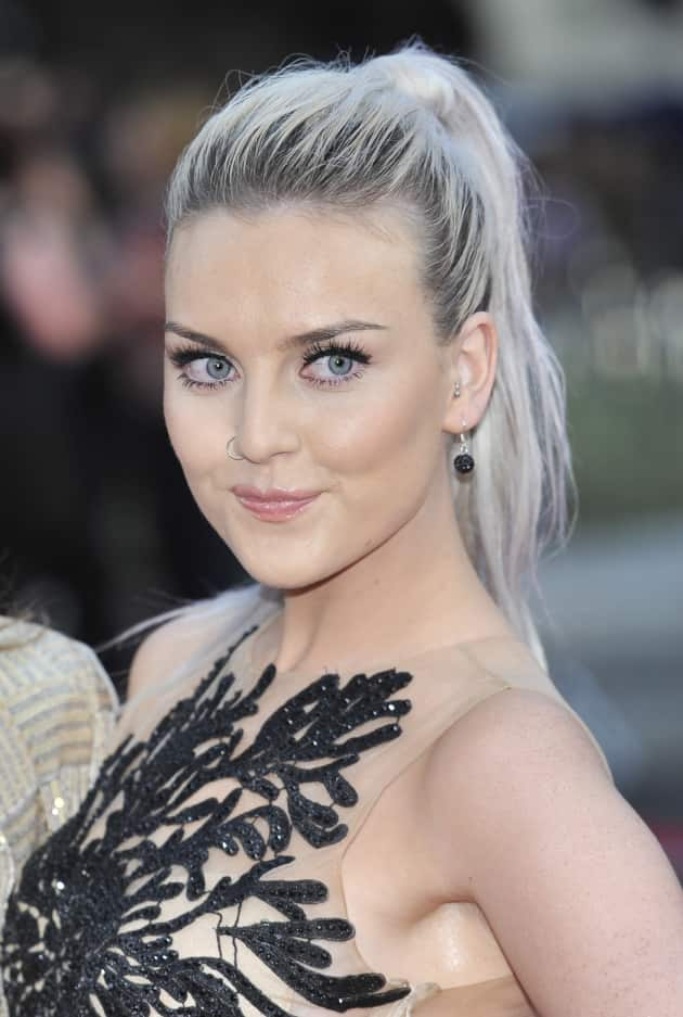 Perrie Edwards Engaged To Zayn Malik The Hollywood Gossip