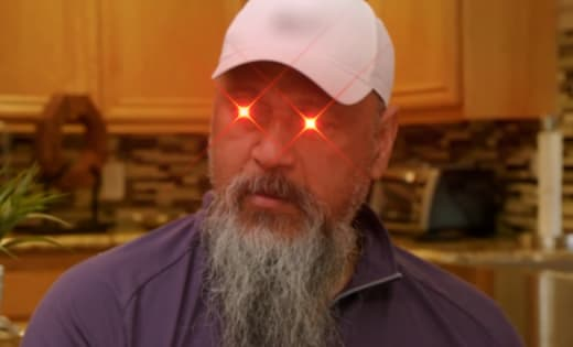 Low Faagata - pissed off laser eyes edit