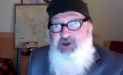 Randy Quaid Sex Video: Insane Actor Really Gives it to Wife Wearing Rupert Murdoch Mask