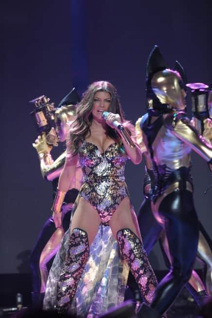 Fergie on Idol Gives Back