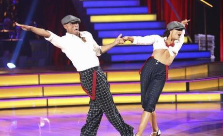 J.R. Martinez and Karina Smirnoff Picture