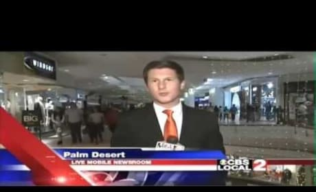 """Reporter Responds to Heckler with """"Your Mama"""" Joke"""