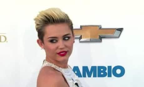 Miley Cyrus Unfollows Liam Hemsworth