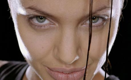 Angelina Jolie Evil Tomb Raider Photo