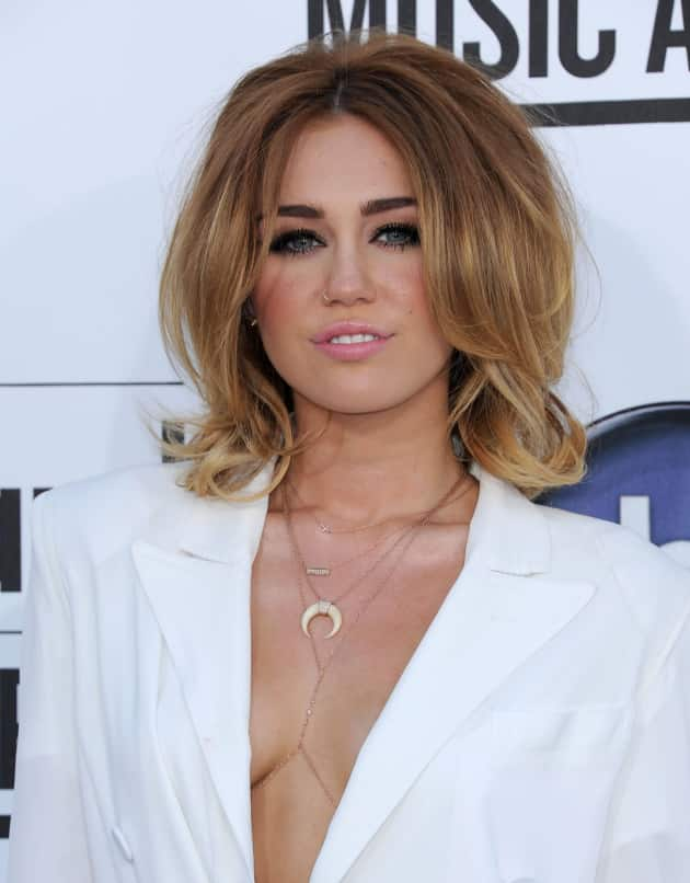 Miley Cyrus Billboard Music Awards Outfit