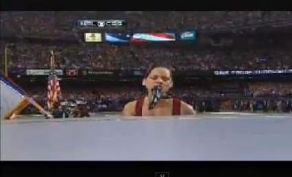 Alicia Keys National Anthem Performance: Grade It!