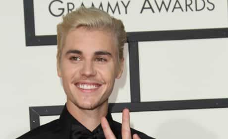 Justin Bieber at 2016 Grammys