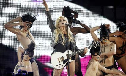 Ke$ha Delays Japanese Tour Dates, Sends Along Prayers
