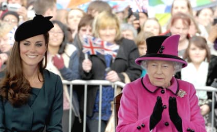 Solo Kate Middleton Holds Her Royal Own