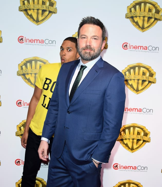 Ben Affleck Rocks a Suit