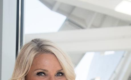 Christie Brinkley Visits The Cleveland Clinic Lou Ruvo Center For Brain Health