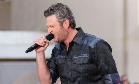 Blake Shelton Performs On NBC's 'Today'