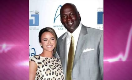 Michael Jordan and Yvette Prieto: Expecting!