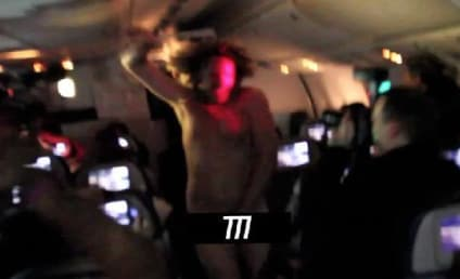 "Rihanna Apologizes For 777 Tour ""Bedlam"""