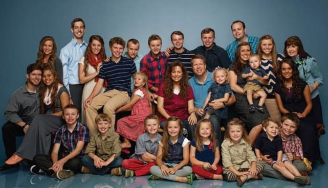 Duggar family photo a classic