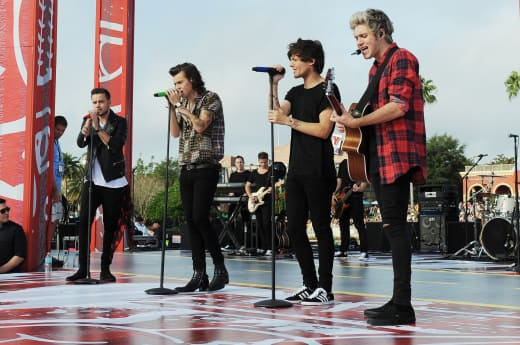 Harry Styles Cries After Zayn Malik Quits One Direction