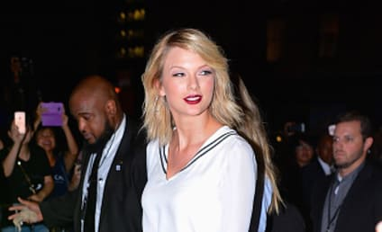 Taylor Swift Fights to Prevent Release of Racy Photos