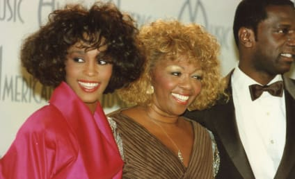 Cissy Houston to Pen Memoir About Late Daughter
