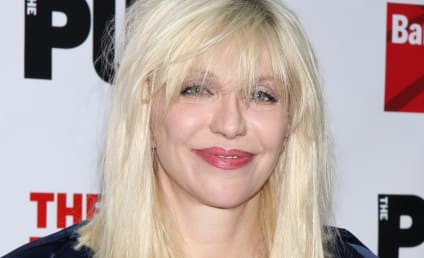 Courtney Love to Marilyn Manson: I Thought You Were Gay! Let's Have Sex, Minute Man!